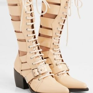 CHLOE RYLEE CUTOUT GLOSSED CREAM LEATHER BOOTS